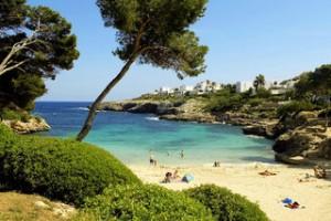 Lastminute Angebote und Lastminute Restplätze für die Lastminute Reisen nach Mallorca - Cala Azul - Strand