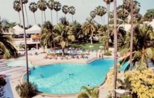 Angebote und Restplätze für Reisen nach Thailand - hier das Jomtien-Palm Beach-Pool