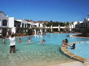 Lastminute Restplätze für Lastminute Reisen nach Ägypten - dasDahabeya am Pool