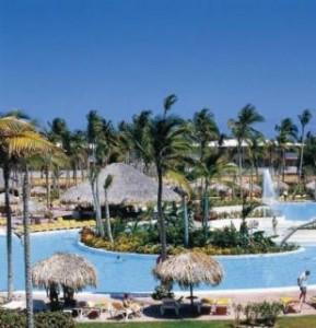 Last Minute Angebote und Last Minute Restplätze für die Dom Rep und das Catalonia Bavaro Beach Resort am Pool