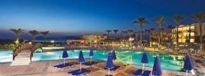 Last Minute Angebote für den Last Minute Urlaub auf Kos - Horizon Beach Resort - Abendlicher Blick auf Pool und Meer