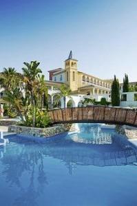 Lastminute Angebote und Lastminute Restplätze für den Lastminute Urlaub in Spanien an der Costa de la Luz im Fuerte Conil. Hier: die Aussenansicht