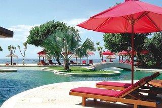 Lastminute Angebote für den Lastminute Urlaub auf Bali - Ramada Resort Benoa mit Blick auf den Strandpool