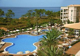 Lastminute Angebote und lastminute Restplätze für Portugal im RIU Palace Algarve mit Blick auf den Pool und den Atlantik