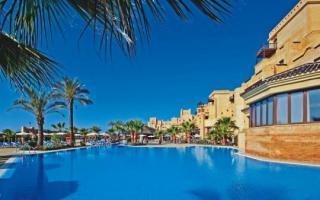 Lastminute Restplätze und Lastminute Angebote für Spanien - Costa de la Luz - das Iberostar Isla Canela  mit Blick auf den Pool