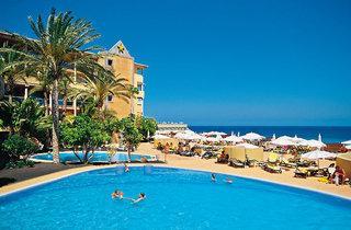 Lastminute Angebote und Lastminute Restplätze für Fuerteventura im Iberostar Palace Fuerteventura die Außenansicht mit Pool