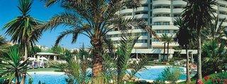 Lastminute Restplätze für lastminute Reisen nach Mallorca ins Marfin Playa mit Blick auf den Pool und das Hotel