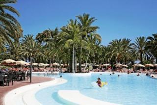 Last Minute Angebote für den Last Minute Urlaub auf Gran Canaria im RIU Papayas auf der Sonnenterasse am Pool