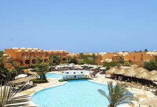 Last Minute Restplätze für Last Minute Reisen nach Ägypten - Iberotel Makadi Club Oasis mit Blick auf den Pool