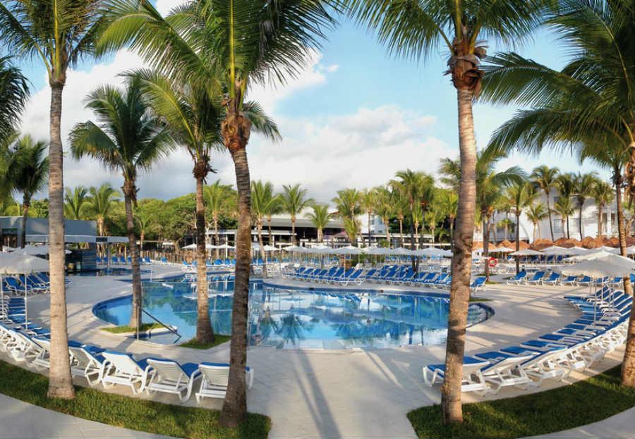 Last Minute Angebote und Last Minute Restplätze für Mexico - RIU Yucatan am Pool