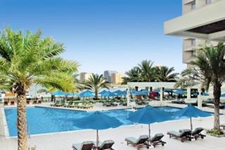 Last Minute Restplätze für den Last Minute Urlaub und Last Minute Reisen in die VAE- Hilton Ras el Khaimah am Pool