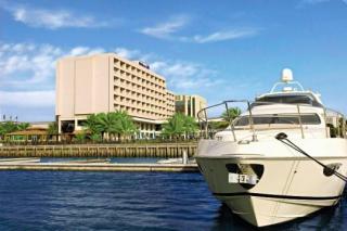 Last Minute Angebote für den Last Minute Urlaub in den VAE- Hilton Ras el Khaimah die Aussenansicht des Hotels