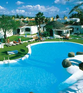 Last Minute Angebote und last minute Restplätze für den Last Minute Urlaub auf  Gran Canaria in den Parque Romantico Bungalows mit Blick auf einen Pool und die Bungalows