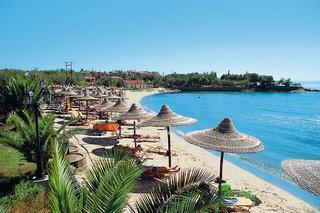 Last Minute Reisen nach Griechenland ins Anthemua Sea Beach mit einem Blick vom Strand