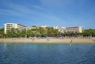 Last Minute Angebote für den Last Minute Urlaub in der Türkei im Arcanus Side Resort in einer Aussenansicht vom Meer