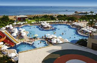 Last Minute Urlaub in der Türkei im Arcanus Side Resort mit einem Bild vom Pool, Strand und Meer