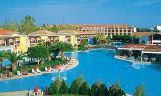 Last Minute Urlaub auf Zypern im Aeneas Resort und Spa in einer Aussenansicht