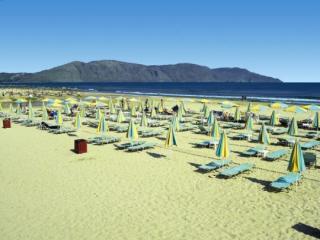 Last Minute Restplätze für Kreta im Mythos Palace mit einem Blick vom Strand