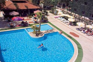 Last Minute Angebote für Last Minute Reisen in die Türkei in den Titan Club mit einer Aufnahme vom Pool