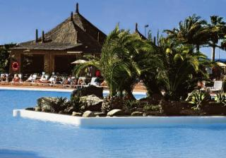 Last Minute Urlaub auf Lanzarote im Beatriz Costa & Spa mit einem Blick vom Pool