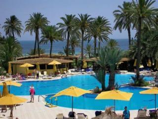 Last Minute Angebote für Tunesien im Eden Beach mit einem Bild vom Pool
