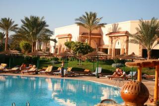 Ägypten im Flamenco Beach Resort an einem Pool