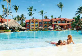 Dominikanische Republik im Punta Cana Princess Resort & Spa mit Blick auf die Poollandschaft