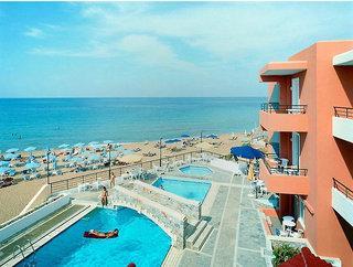 Kreta im Dedalos Beach Hotel in einer Außenansicht