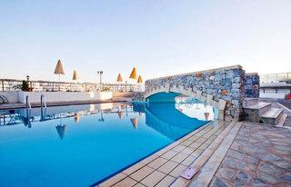 Kreta im Dedalos Beach Hotel mit Blick auf den Pool