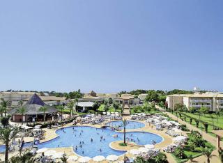 Mallorca im Aparthotel Viva Can Picafort mit Blick in den Garten