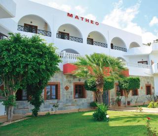 Kreta im Matheo Hotel in einer Außenansicht