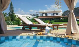Kreta im Matheo Hotel mit einem Blid vom Pool