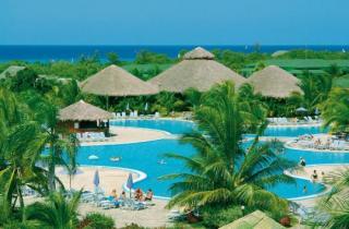 Kuba im Playa Costa Verde mit Blick auf den Pool