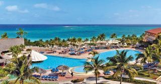 Kuba - Sol Rio De Luna y Mares mit Blick auf die Poollandschaft