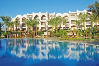 Ägypten - Jaz Makadi Star u. Spa mit Blick auf Hotel und Pool