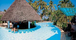 Kenia - Travelers Beach Club mit einemBlick auf den Pool