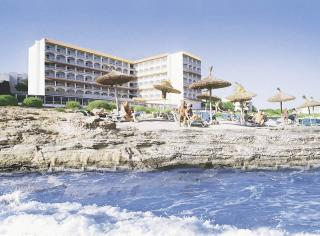 Mallorca - Romantica Hotel Sant Jordi vom Meer her aufgenommen